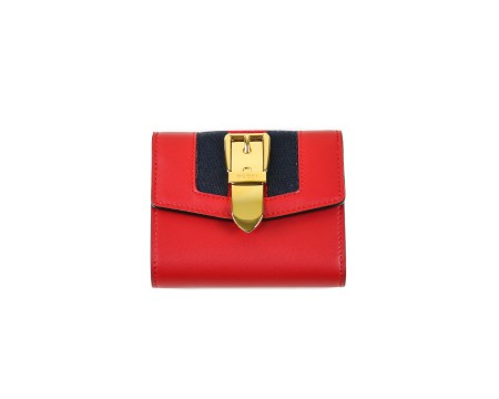 Shop GUCCI  Wallet: Gucci sylvie red leather wallet. Red and blue web detail with golden buckle application. Closing with button. Interior pocket for coins. One compartment for cash and four for credit cards or documents. Size: width: 11cm; height: 9,5cm; depth: 3cm. Made in Italy.. 476081CWLSG-6473