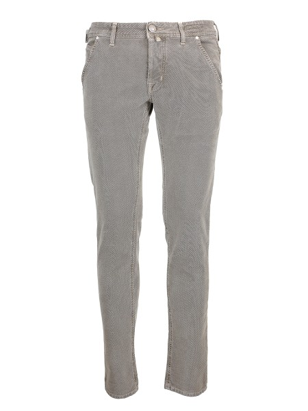 Shop JACOB COHEN Sales Jeans: Jacob Cohen stretch beige cotton trousers. Type: PW 613 comfort. Closure with logoed buttons. Orizzontal pockets. Outer fabric: 99% cotton 1% elastane. Lining: 55% polyestere 45% cotton. Wash max 30' insideout and separatly . Don' t remove stains directly. Made in Italy.. PW613COMF00688-V451