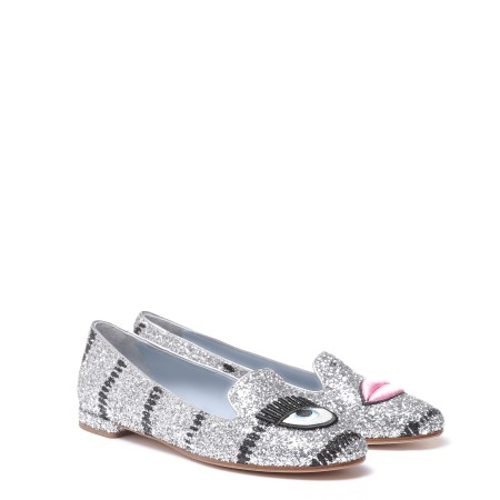 Shop CHIARA FERRAGNI Sales Shoes: Chiara Ferragni glittered silver ballerina with flirting and mouth details. Made in Italy. CF1400B -A