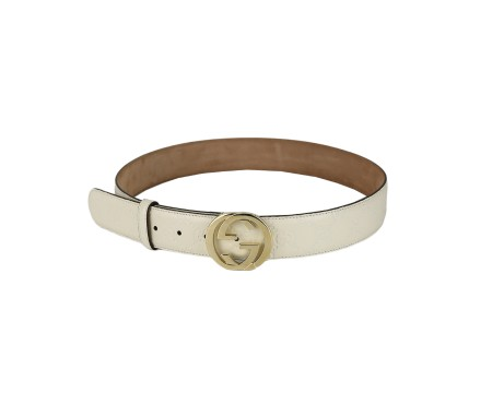 Shop GUCCI  Belt: Gucci signature white belt. Double G golden buckle. Size: width: 3,7cm. Made in Italy.. 370543 CWC1G-9022