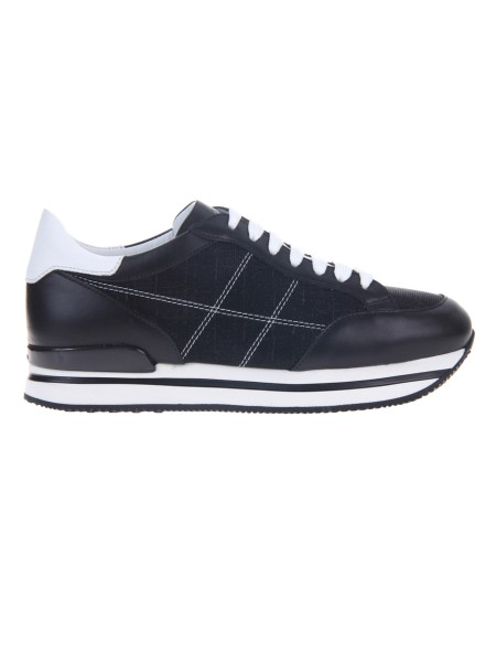 Shop HOGAN  Shoes: Hogan H222 sneakers in black leather. Leather upper. Glitter inserts. H stitched side. Removable Fussbett rise 1.5 cm approx. 2.5 cm ultralight sole in eva. Fabric case included. Made in Italy.. HXW2220K020IFJ-0002